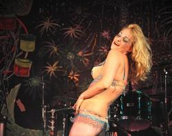Burlesque performer Coco LaPearl