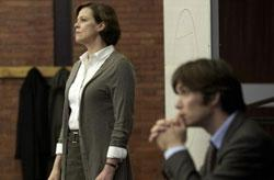 "Sigourney Weaver and Cillian Murphy chase weird phenomena in ""Red Lights"""
