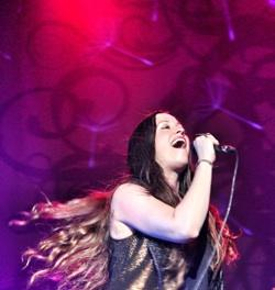 Alanis Morissette rocks the Fox Theatre in Pomona