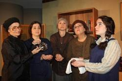 The cast of 'Women's Minyan'