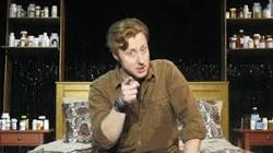Actor Andrew Pond as comedian Phil Rosen