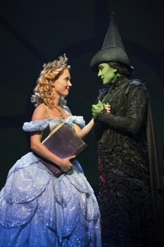 Patti Murin and Dee Roscioli as Glinda and Elphaba