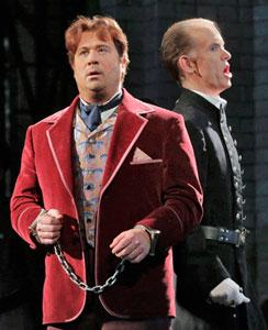 David Daniels as Oscar Wilde and Kevin Burdette as Colonel Isaacson in Santa Fe Opera's 'Oscar'