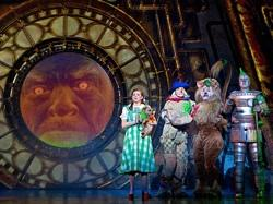 The cast of the national tour of 'The Wizard of Oz'
