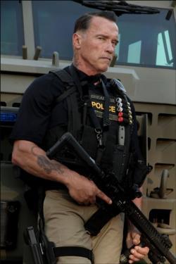 Arnold Schwarzenegger stars in 'Sabotage'