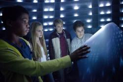 Reese Hartwig, Astro and Teo Halm star in 'Earth to Echo'