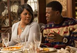 Mo'Nique and D.C. Young Fly star in 'Almost Christmas'