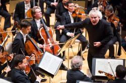 Sir Simon Rattle and the Berliner Philharmoniker presented by the Celebrity Series of Boston Friday night at Symphony Hall. Photo credit: Robert Torres.