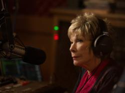 Shirley MacLaine stars in 'The Last Word'