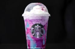 Starbucks Barista Has Meltdown Over Unicorn Frappuccino