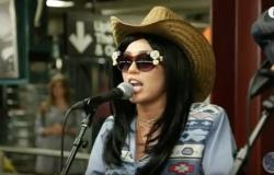 Watch: Miley Cyrus Performs in the NYC Subway in Disguise