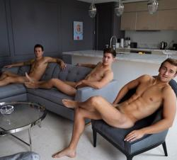 Members of the Warwick Rowers