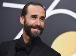 Joseph Fiennes arrives at the 75th annual Golden Globe Awards