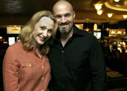 Actors Jan Maxwell and Marc Kudisch pose at a midtown restaurant in New York in 2005.
