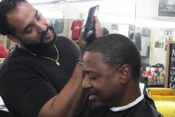 Barber Study Trims Black Men's Blood Pressure