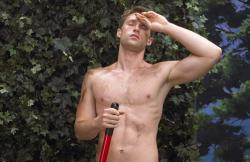 Plants But No Pants: Florida Man Gardens in the Nude