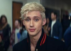 "Troye Sivan in Ariana Grande's ""Thank U, Next"" video."
