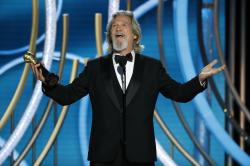 Jeff Bridges accepting the Cecil B. Demille Award during the 76th Annual Golden Globe Awards.