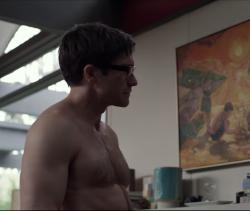 "Jake Gyllenhaal in the trailer for ""Velvet Buzzsaw"""