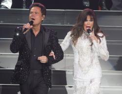 Donny Osmond, left, and Marie Osmond performing at the Santander Arena in Reading, Pa.