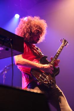 Andrew Stockdale of Wolfmother performs at a packed show at 9:30
