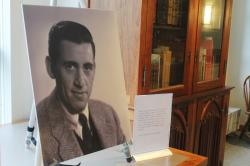 In a Tuesday, Jan. 22, 2019 file photo, a previously unseen photo of author J.D. Salinger is displayed at the University of New Hampshire in Durham, N.H.