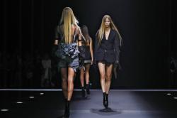 Vera Wang's latest collection at NY Fashion Week.