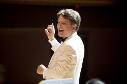 Keith Lockhart conducting the Boston Pops