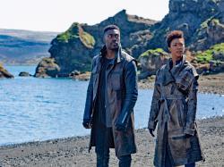 Sonequa Martin-Green and David Ajala in 'Star Trek: Discovery'