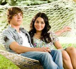 "Zac Efron and Vanessa Hudgens in ""High School Musical 3"""