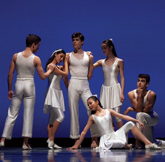 "San Francisco Ballet School students in Helgi Tomasson's ""Meistens Mozart"" for the 2017 Student Showcase.<br>Photo: Erik Tomasson"