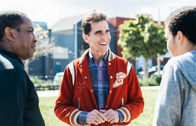 Gay mayoral candidate Mark Leno remains stuck in second place.