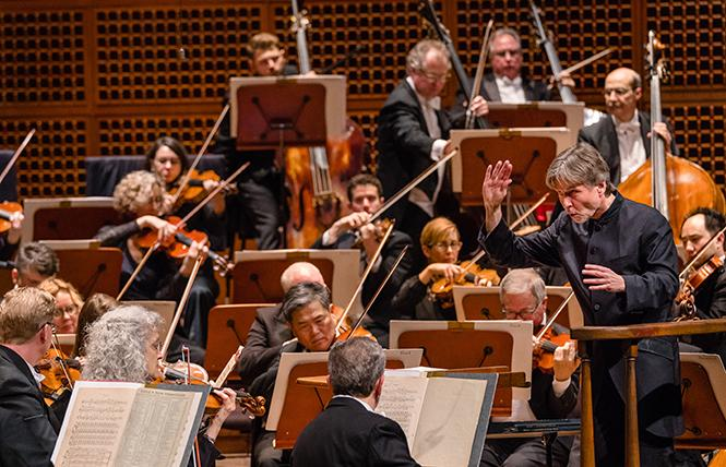 Esa-Pekka Salonen conducts the San Francisco Symphony for the first time since his appointment as Music Director Designate. Photo: Brandon Patoc/San Francisco Symphony