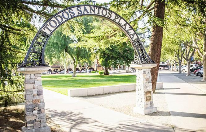 "Todos Santos Plaza in downtown Concord, CA, hosts the summertime ""Music & Market"" series. Photo: Visit Concord"