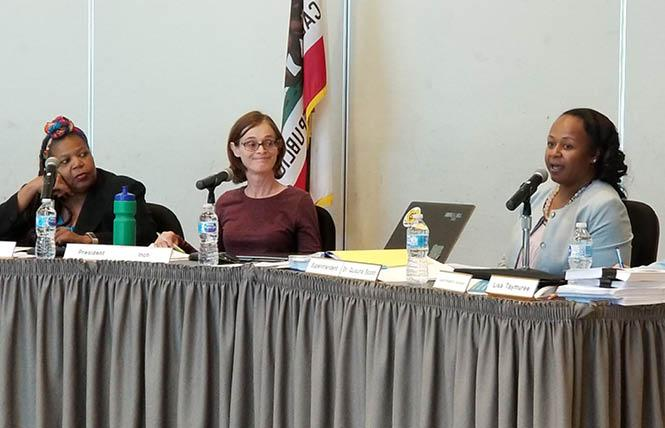 School board President Barbara Inch, center, resigned Friday. She was joined at Wednesday's meeting by School board Vice President Brynnda Collins, left, and Superintendent Quiauna Scott. Photo: Meg Eilson