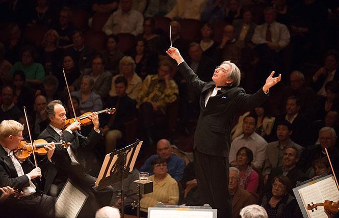 Michael Tilson-Thomas conducts the San Francisco Symphony. photo: Kristen Loken