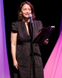 "Rachel Dratch in ""Celebrity Autobiography"""