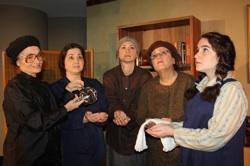 The cast of 'Women's Minyan'