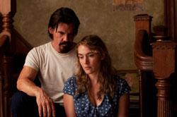 Josh Brolin and Kate Winslet star in 'Labor Day'