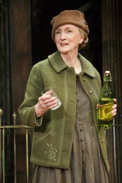 Kathleen Chalfant shines in 'Tales From Red Vienna'