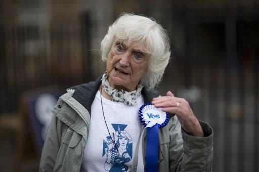 Scottish independence referendum Yes supporter 83-year-old Edinburgh resident Isabelle Smith