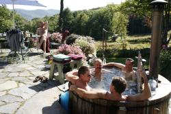 Wood fired hot tub Frog Meadow Oasis for Men Vermont