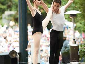 Ballet pictures of social harmony