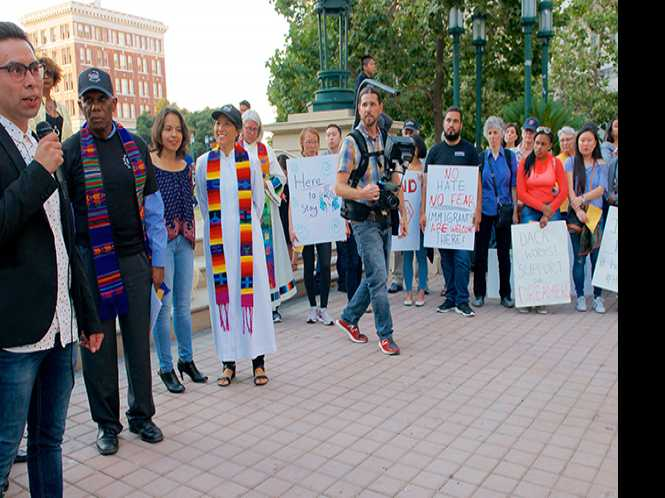 LGBT Dreamers left in limbo as bills fail in Senate