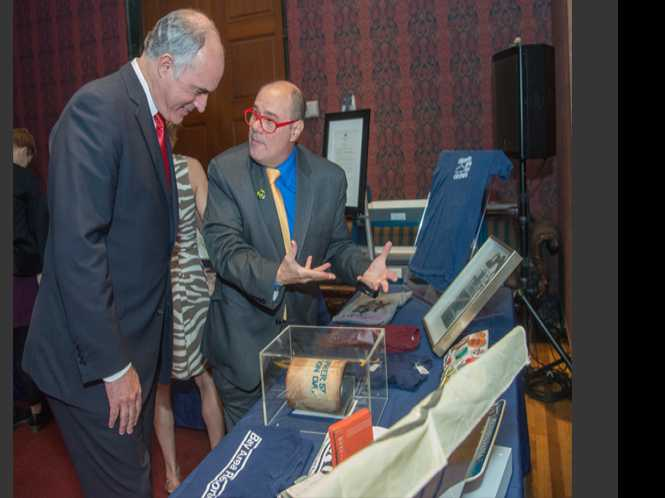 News Briefs: Gay publisher donates items to national museum