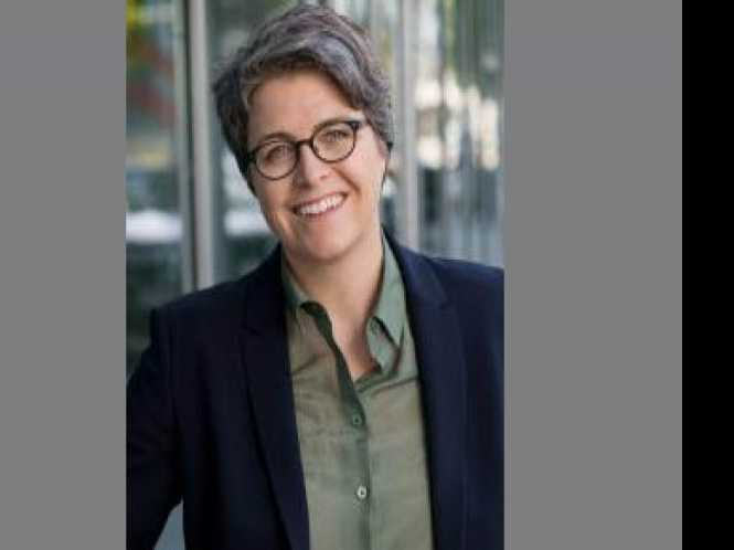 Online Extra: Political Notes: Gov names lesbian to Alameda court seat
