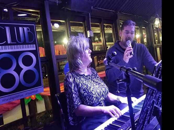 """Flore shows"""" iconic cafe becomes hot nightspot"""