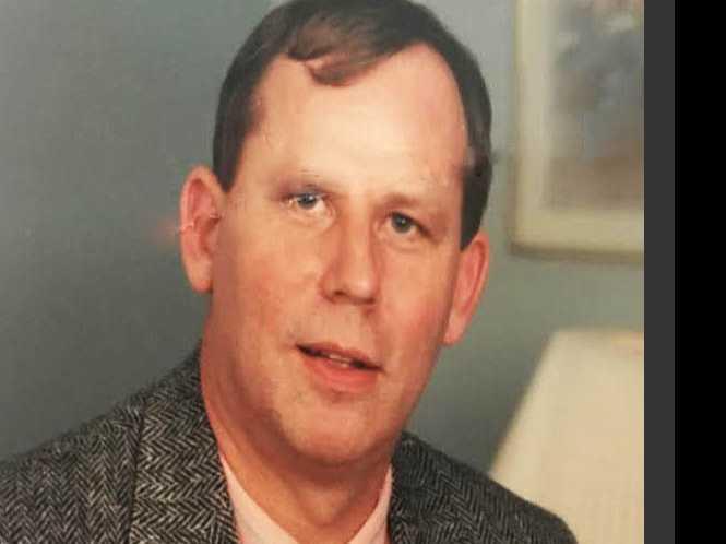 Obituary: John E. Voyles