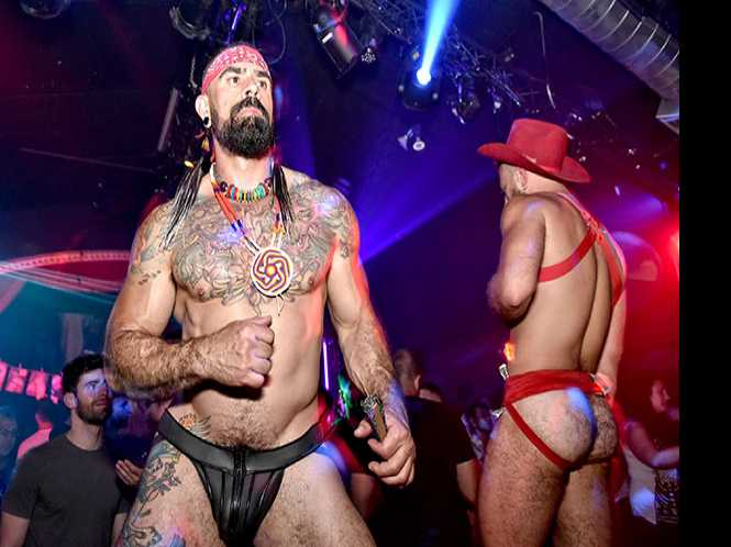 BFD @ Oasis: Gogo studs galore