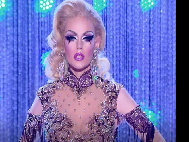 Blair St. Clair: Drag star sings, dishes and glams up Oasis